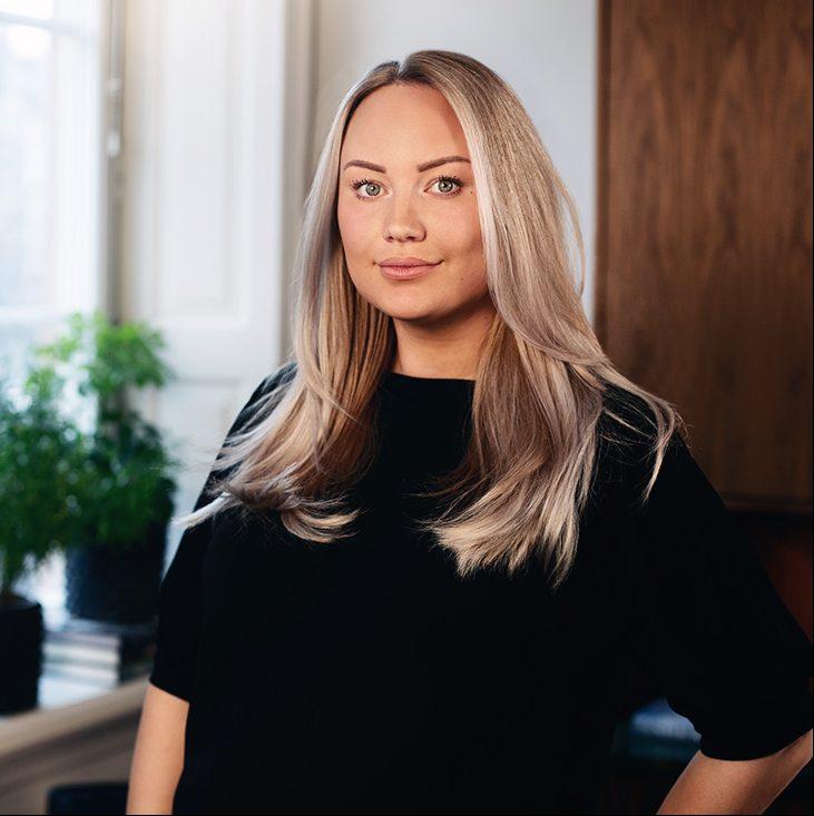 Julia Örnelid (föräldrarledig)